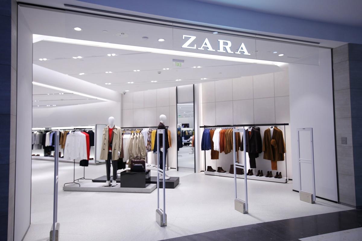nside A Splendid Zara Store