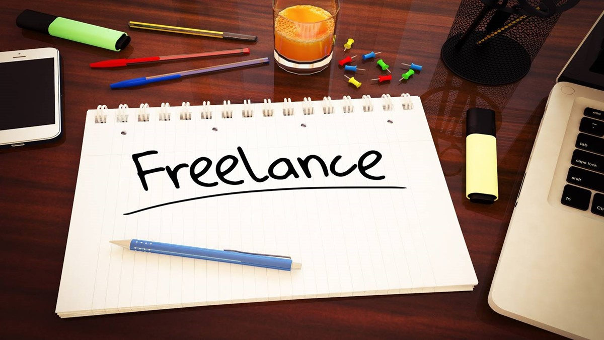 When starting an online business, make use of freelance if need be