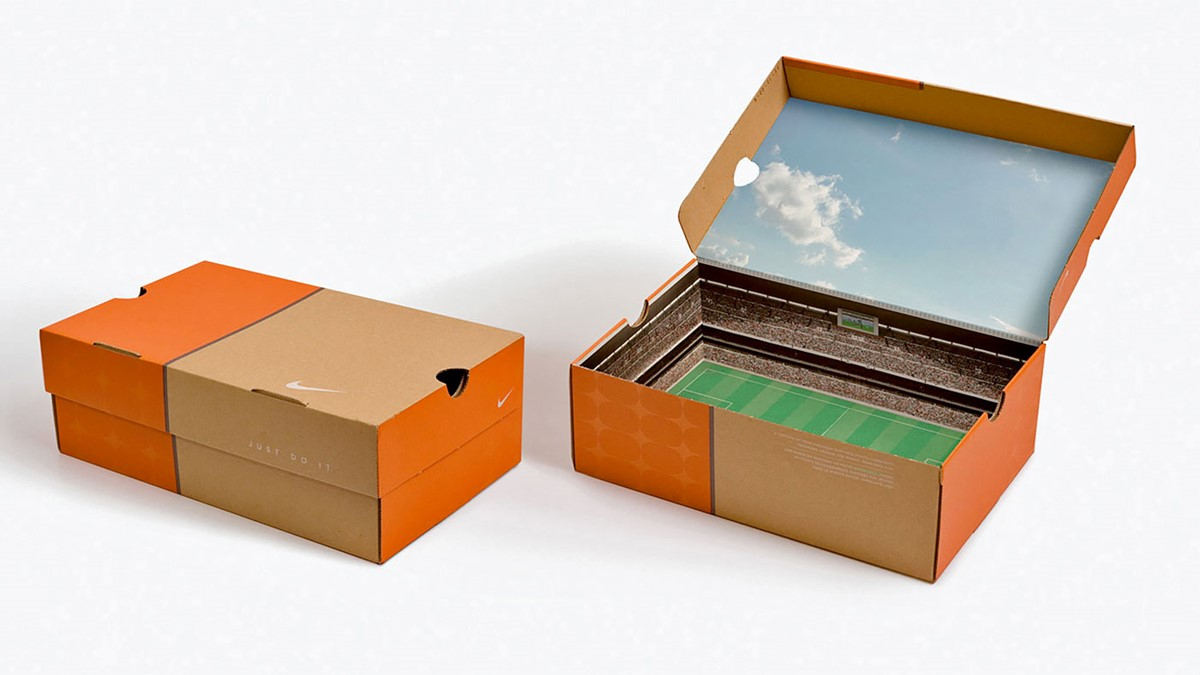 Nike's stadium shoes box